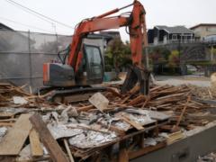 建物の解体に必要な意外な技術とは?